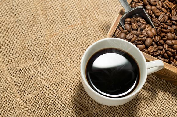コーヒーを飲み過ぎると貧血になる?