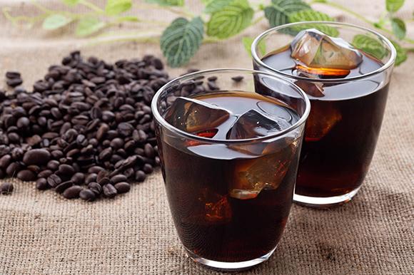 コーヒーを飲み過ぎると口臭が気になる?